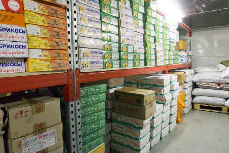 Где хранятся орехи и сухофрукты, закупаемые для ваших заказов? 8